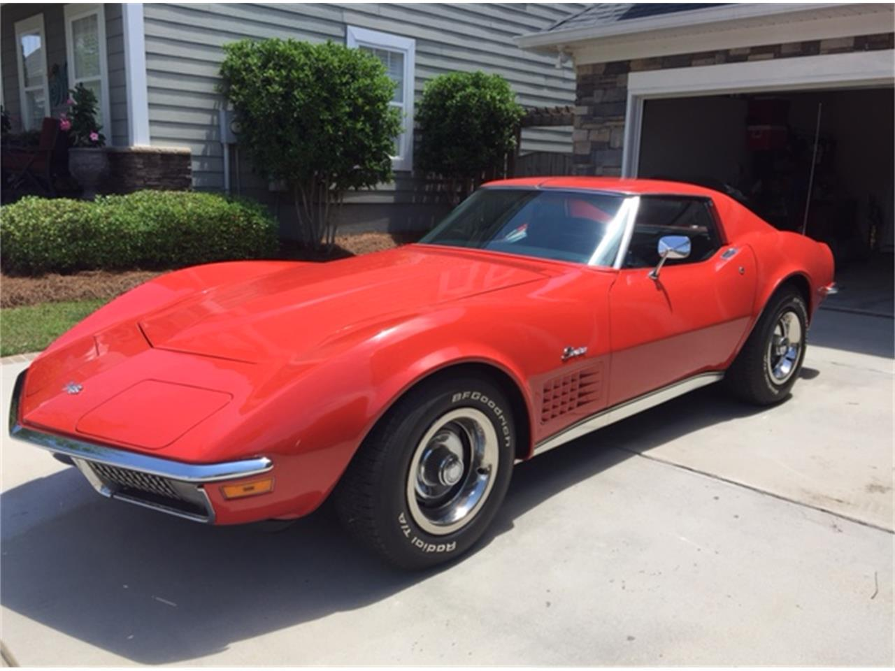 Large Picture of '70 Corvette - L6U7