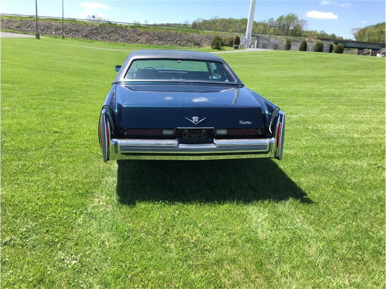 Large Picture of 1976 Coupe DeVille Offered by Classic Auto Mall - L6UU