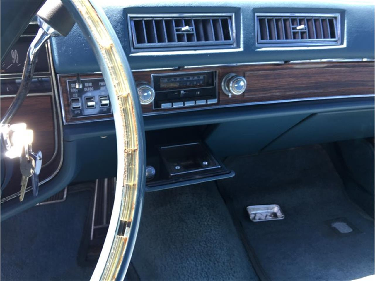 Large Picture of 1976 Cadillac Coupe DeVille Offered by Classic Auto Mall - L6UU