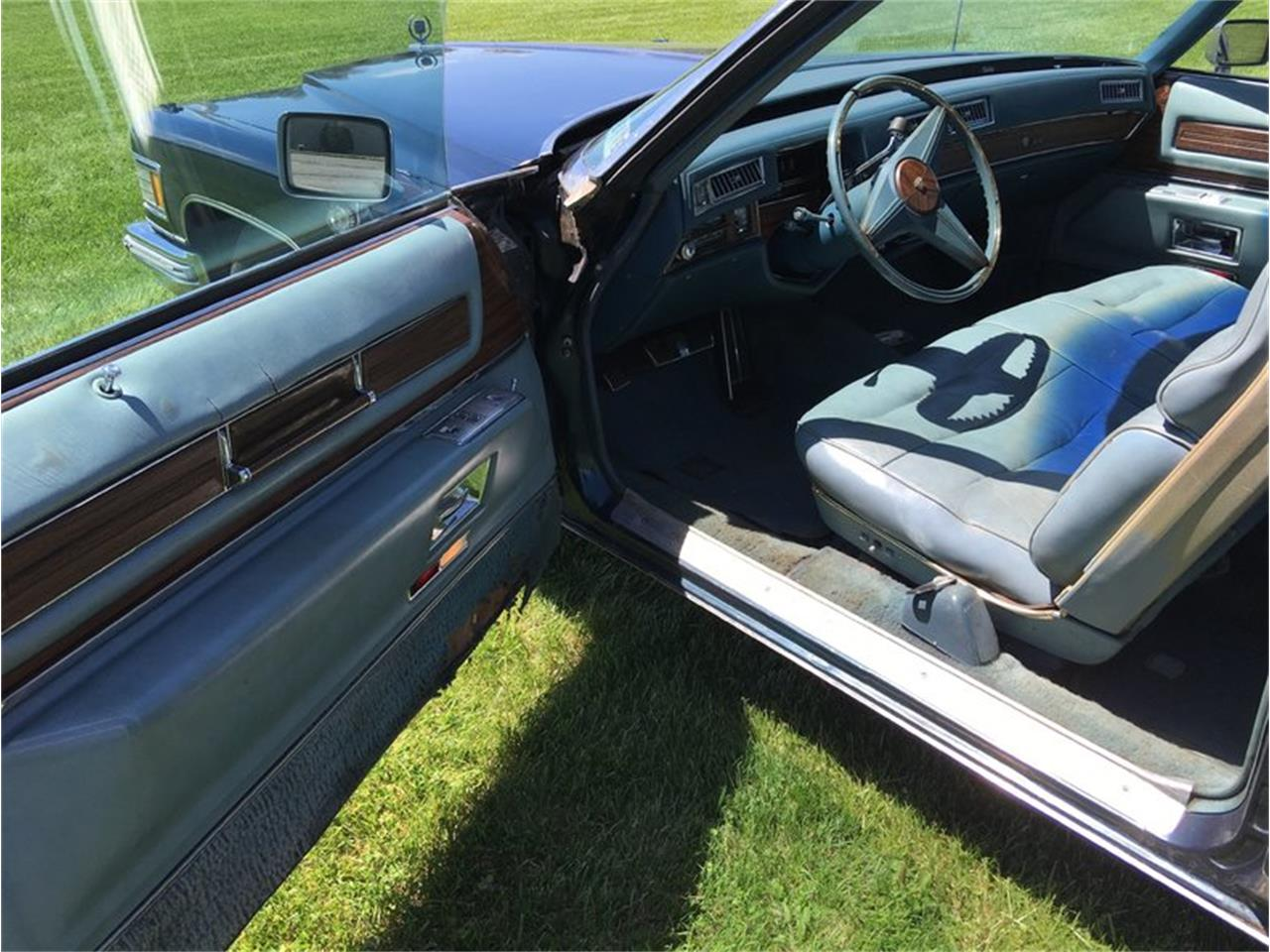 Large Picture of '76 Cadillac Coupe DeVille - $8,995.00 Offered by Classic Auto Mall - L6UU