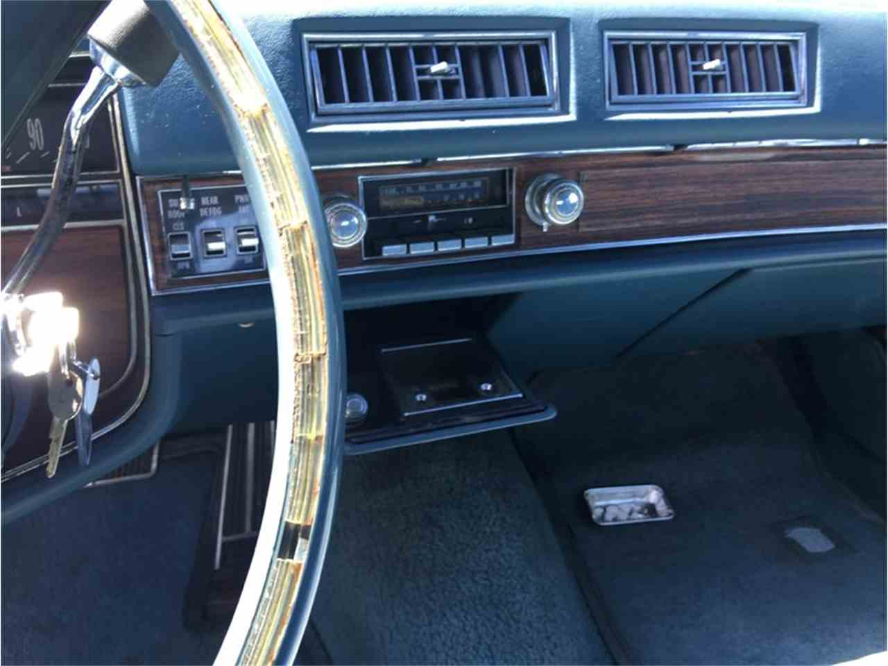 Large Picture of '76 Coupe DeVille - L6UU
