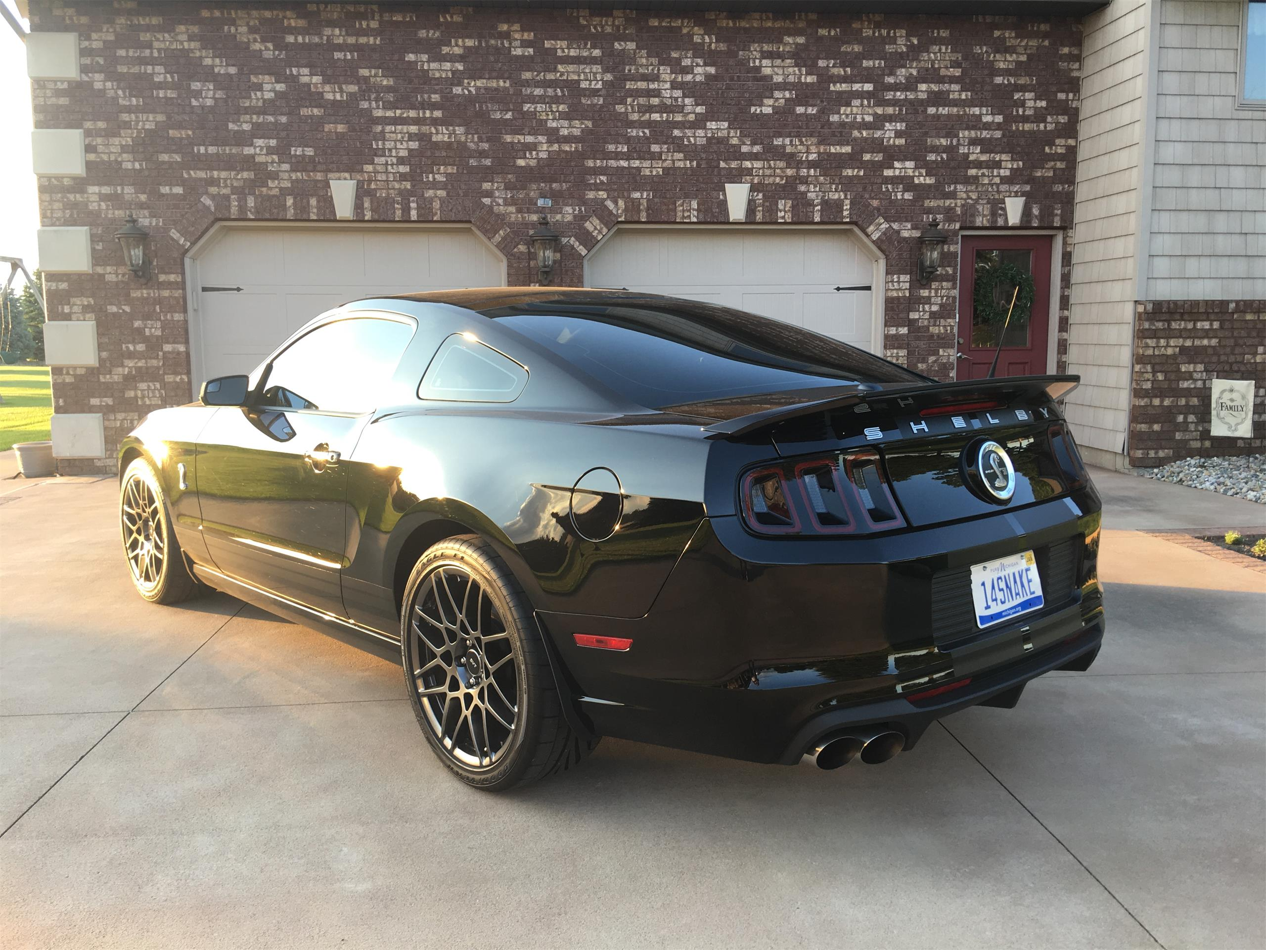 Large Picture of '14 Shelby GT500 SVT  - L6VW