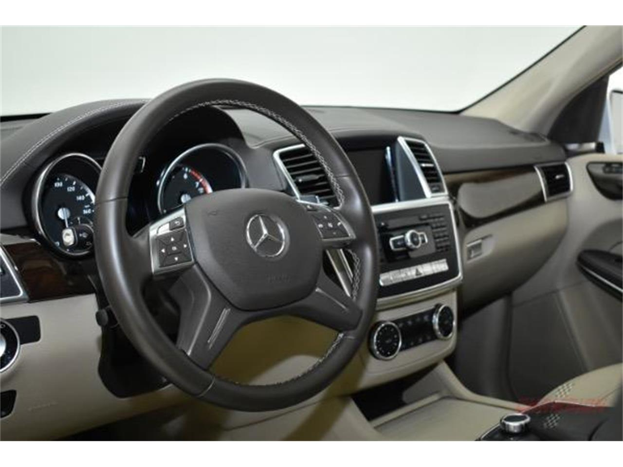 Large Picture of '14 Mercedes-Benz GL450 - $44,200.00 Offered by Champion Motors International - L6XA