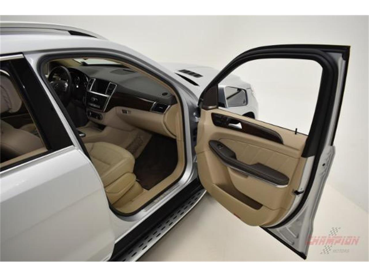 Large Picture of 2014 GL450 located in Syosset New York - $44,200.00 Offered by Champion Motors International - L6XA