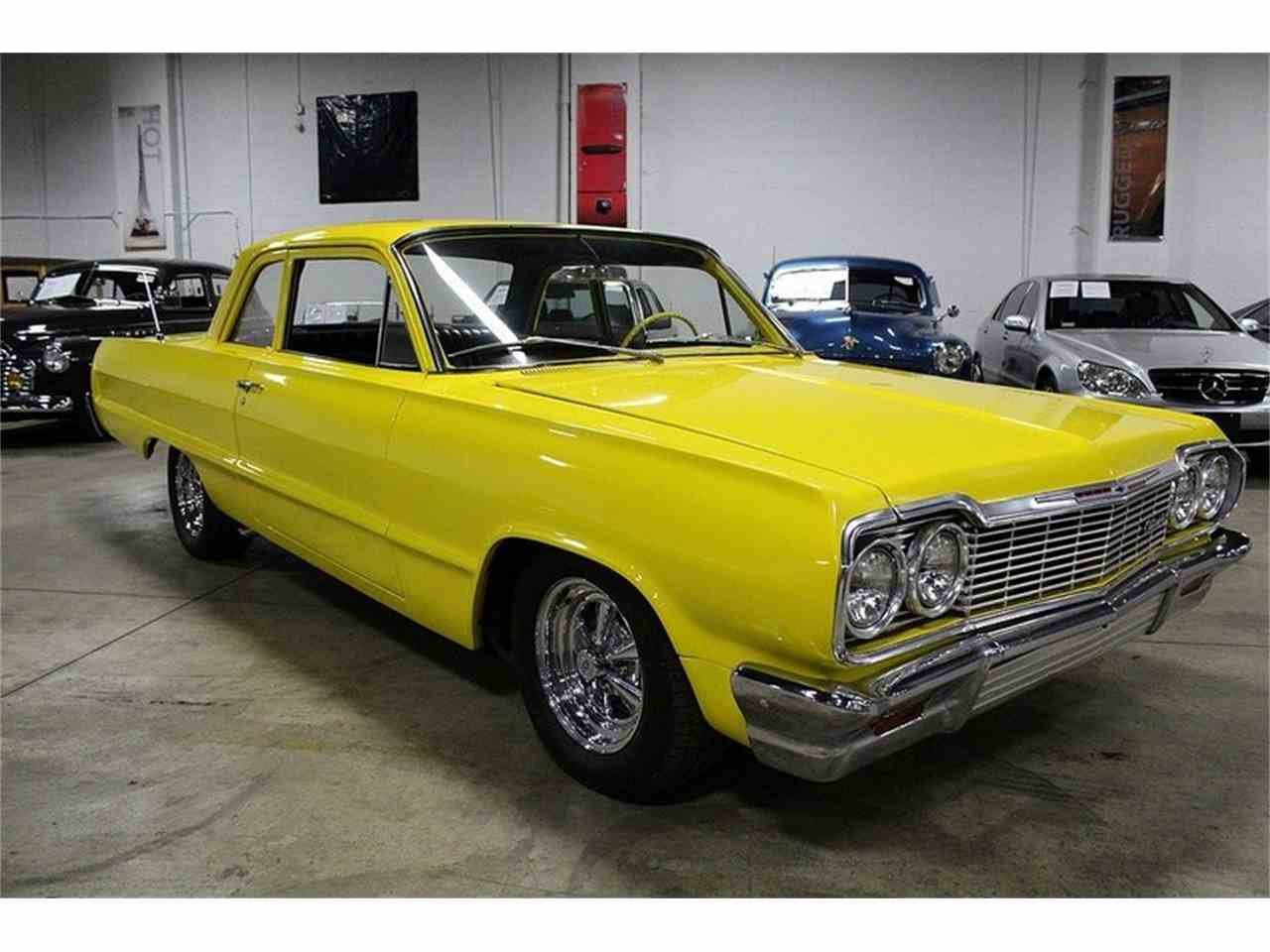 Large Picture of '64 Biscayne - L6XJ