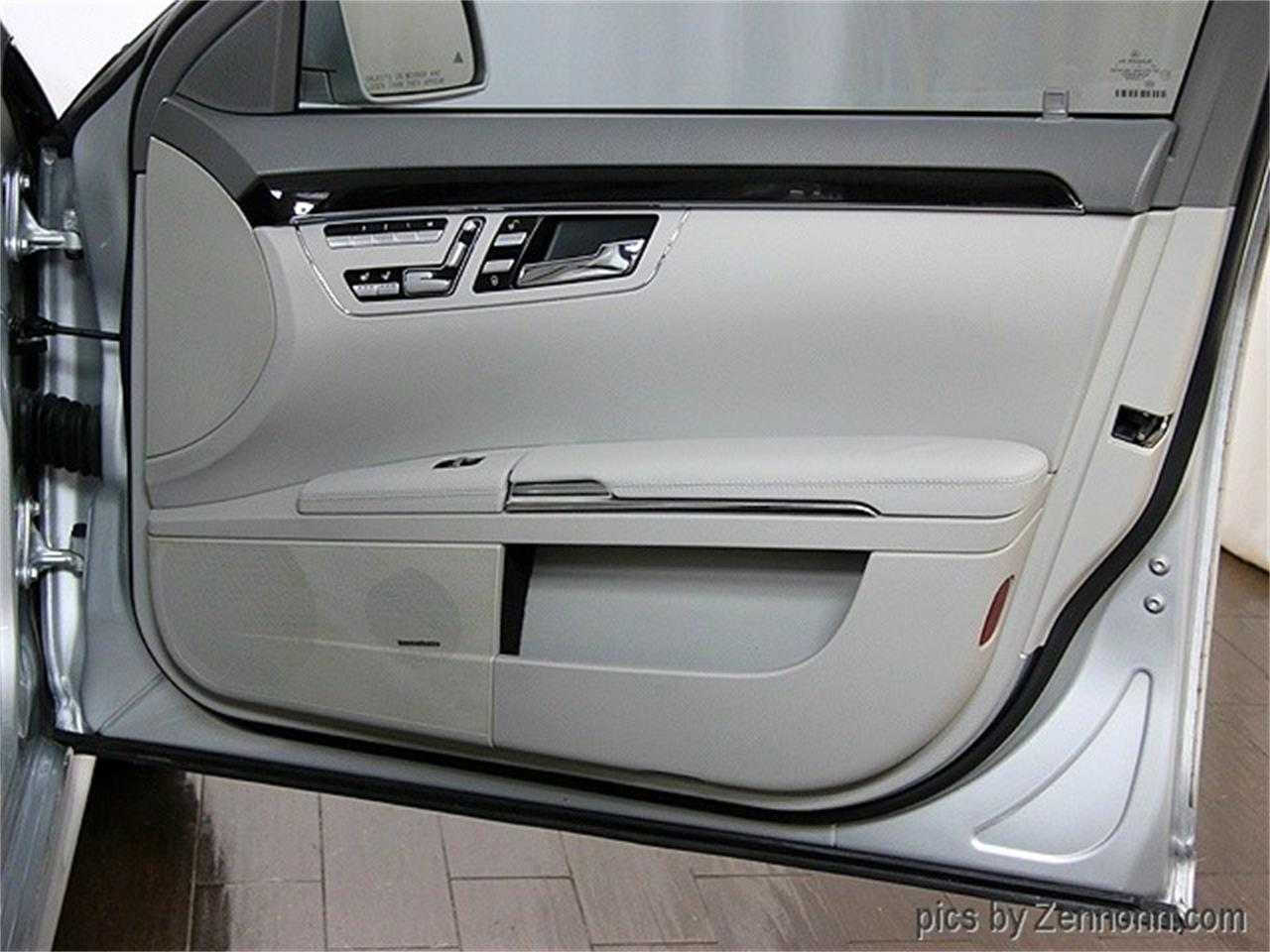 Large Picture of '11 S-Class - L71K