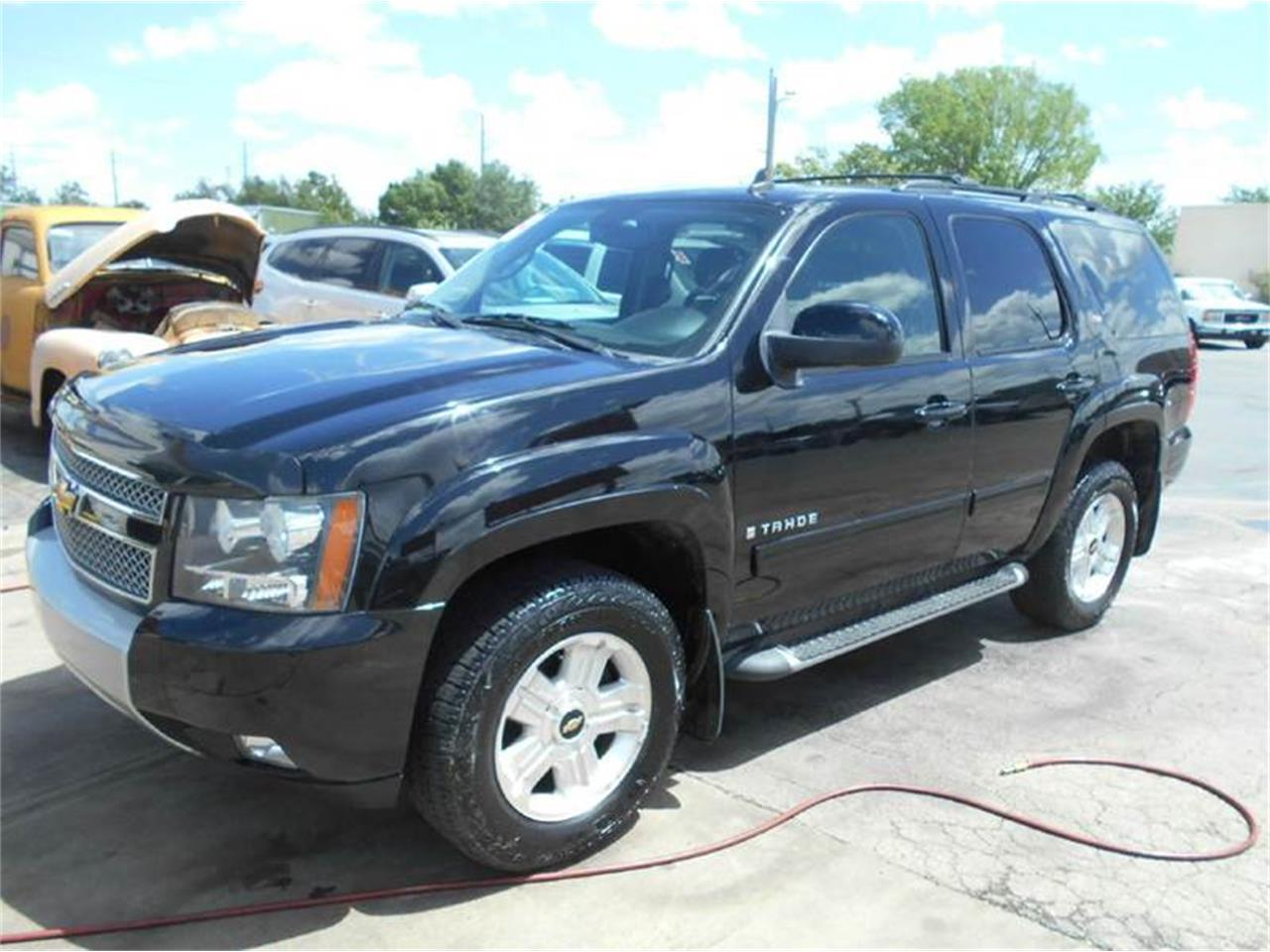Large Picture of '09 Chevrolet Tahoe - L726