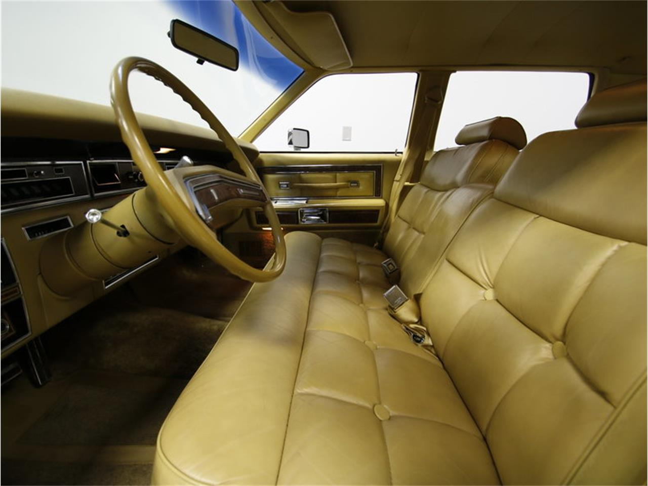 Large Picture of '76 Continental located in North Carolina - $9,995.00 - L72Y