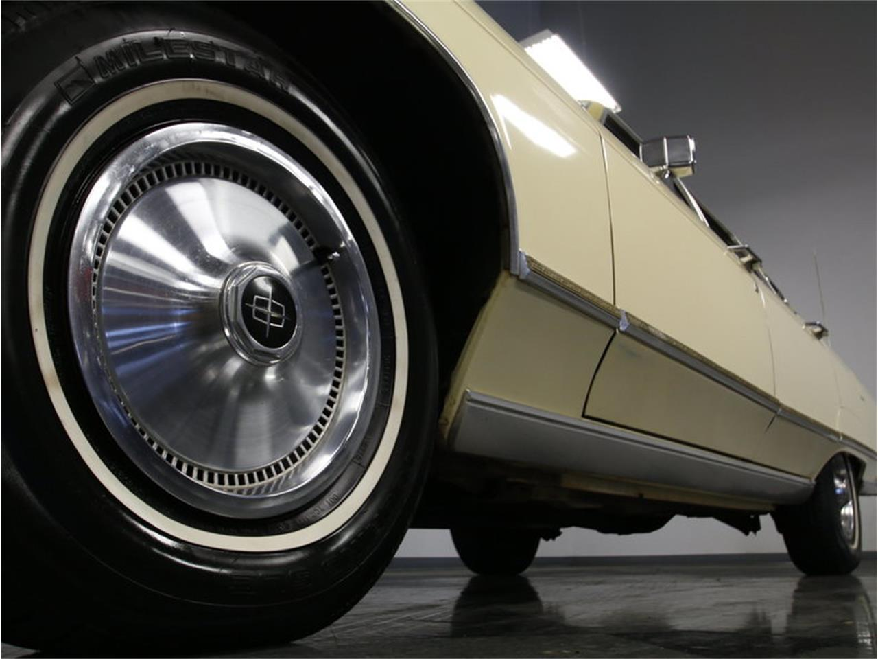 Large Picture of 1976 Lincoln Continental - L72Y