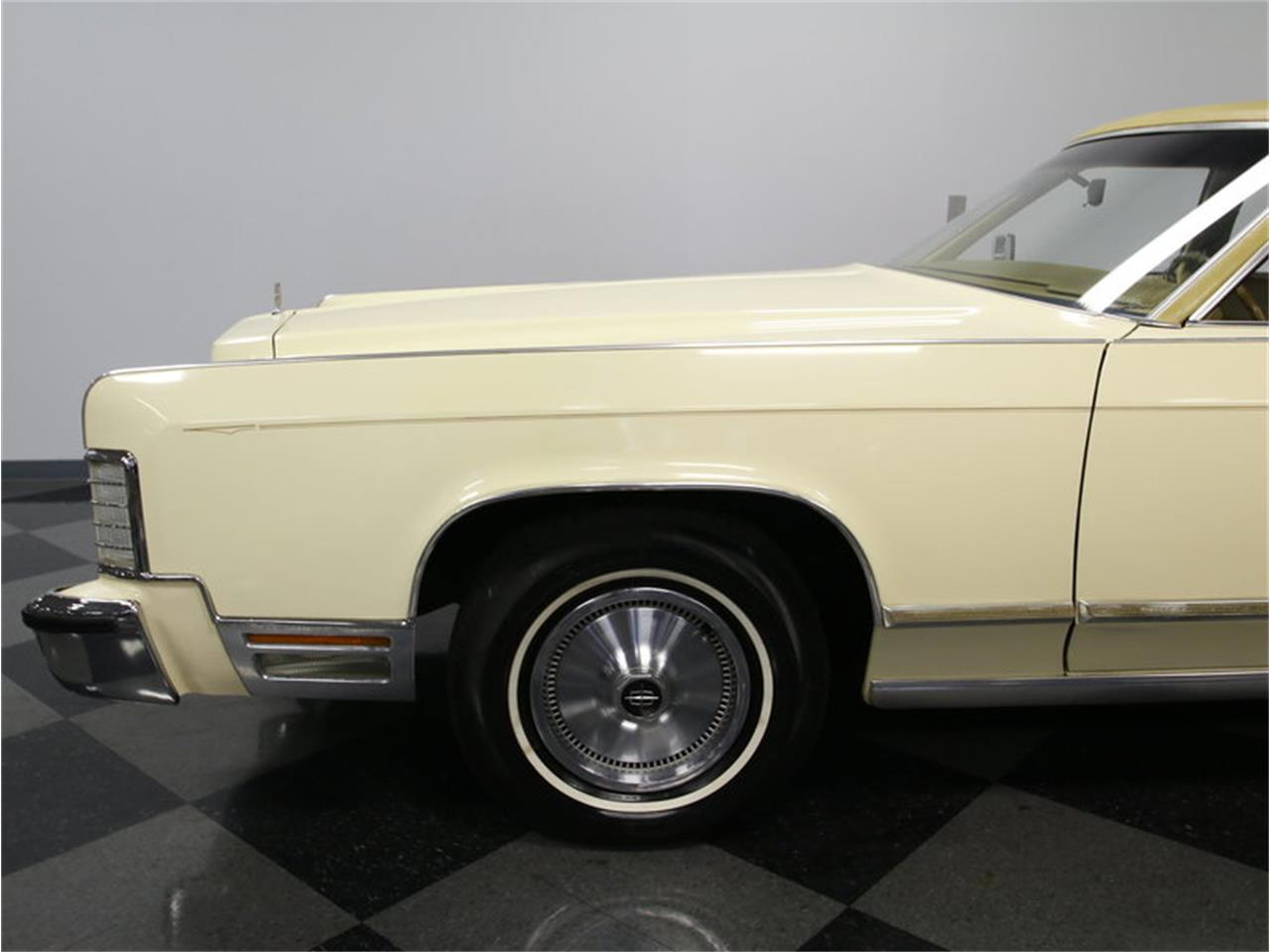 Large Picture of '76 Lincoln Continental - $9,995.00 Offered by Streetside Classics - Charlotte - L72Y