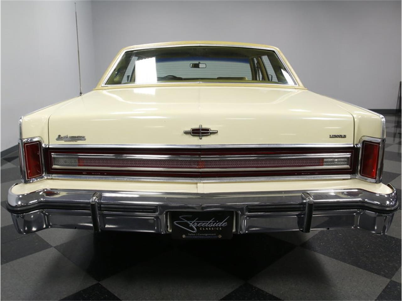 Large Picture of 1976 Continental - $9,995.00 Offered by Streetside Classics - Charlotte - L72Y