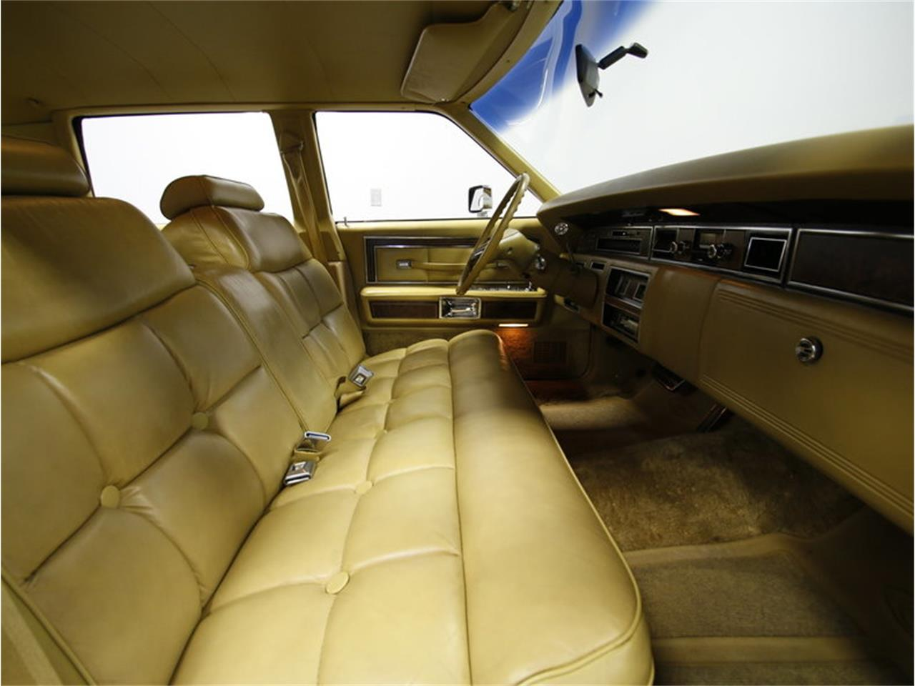 Large Picture of '76 Lincoln Continental Offered by Streetside Classics - Charlotte - L72Y