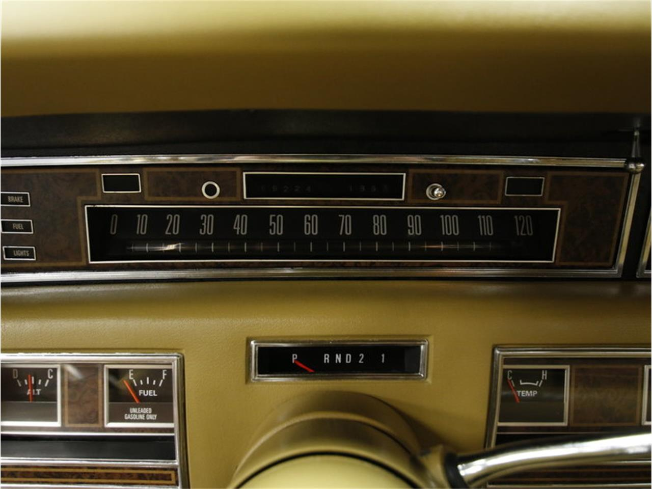 Large Picture of 1976 Lincoln Continental - $9,995.00 - L72Y