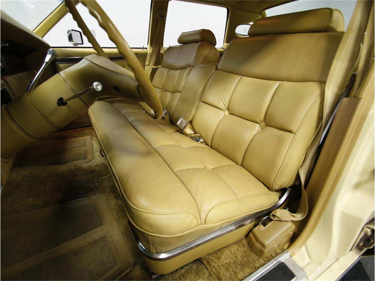 Large Picture of '76 Continental located in Concord North Carolina - $9,995.00 - L72Y