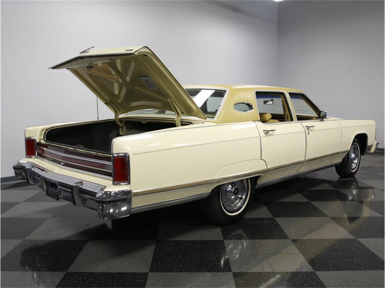 Large Picture of 1976 Lincoln Continental located in Concord North Carolina - $9,995.00 Offered by Streetside Classics - Charlotte - L72Y