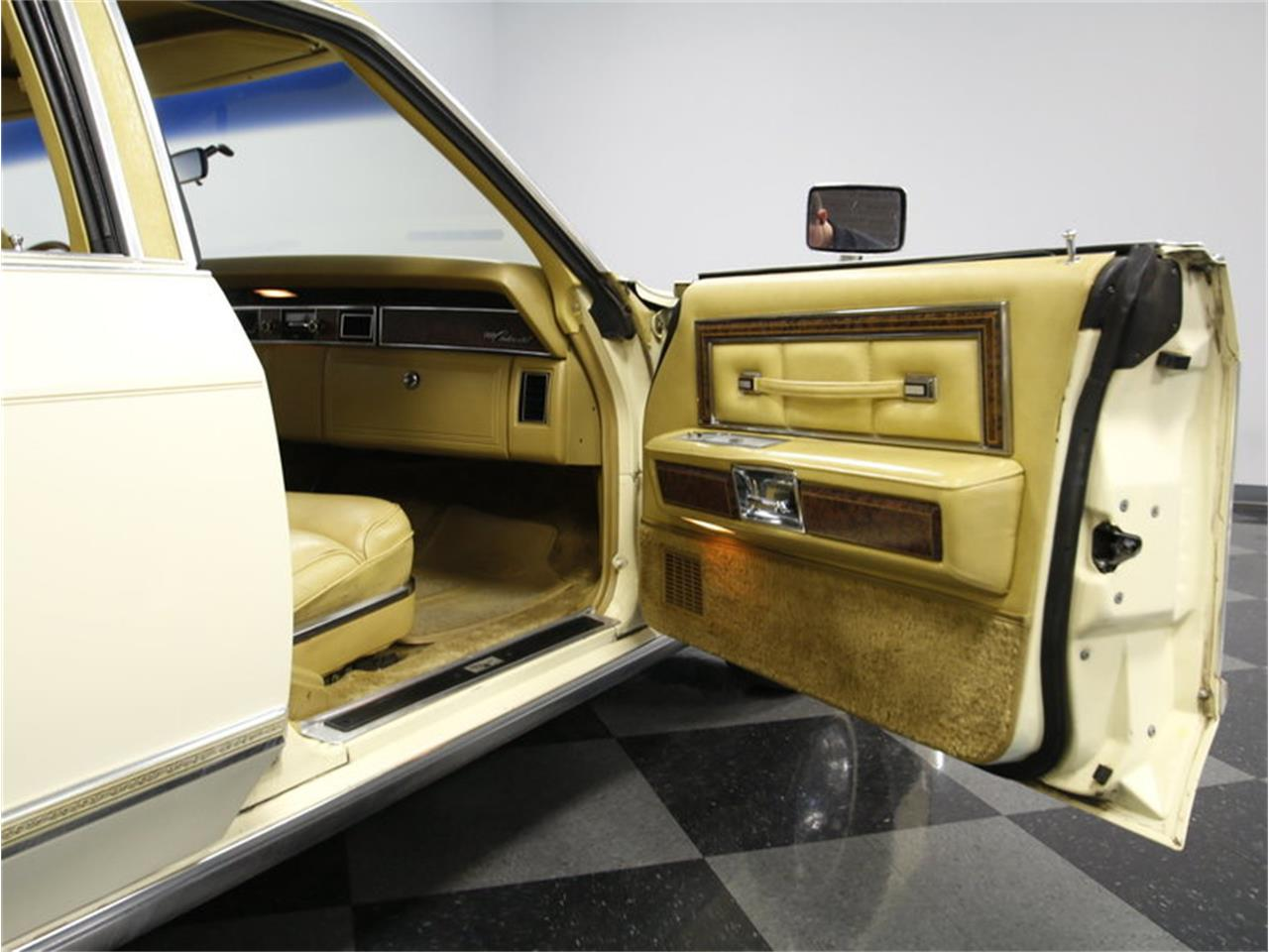 Large Picture of '76 Lincoln Continental - L72Y
