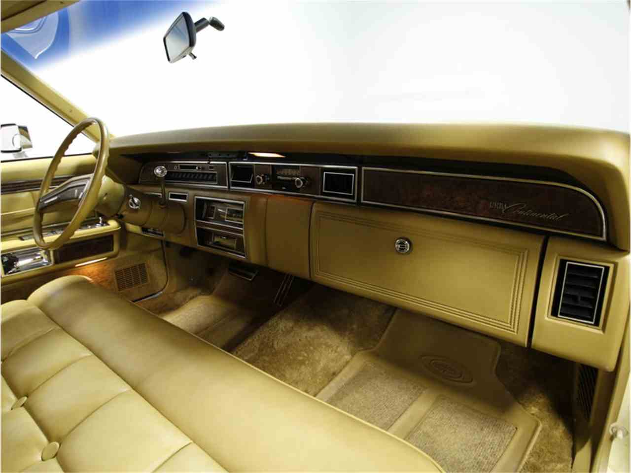 Large Picture of '76 Continental - L72Y