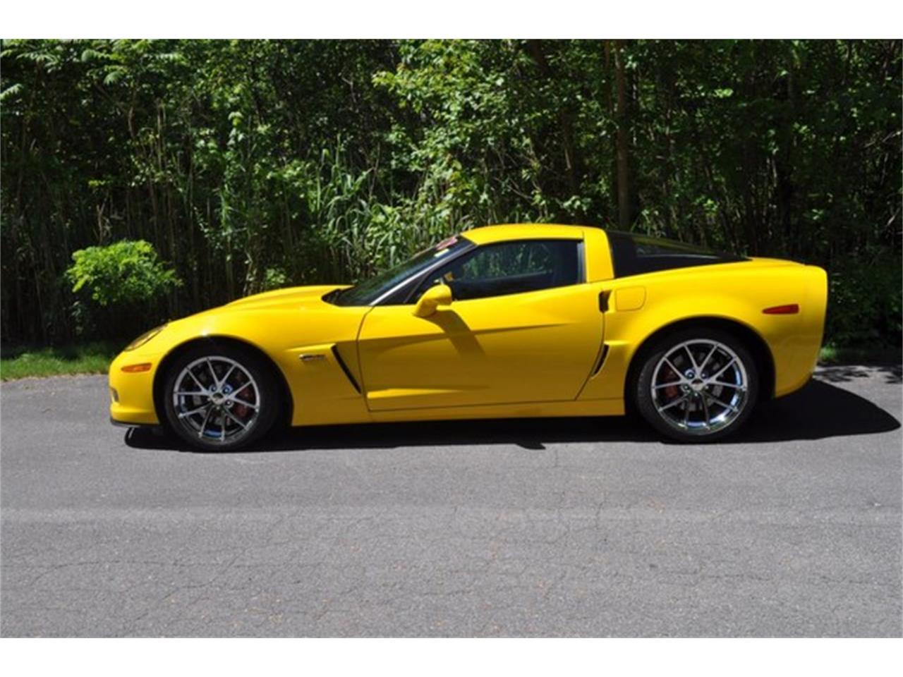 Large Picture of '10 Corvette located in New York - L74B