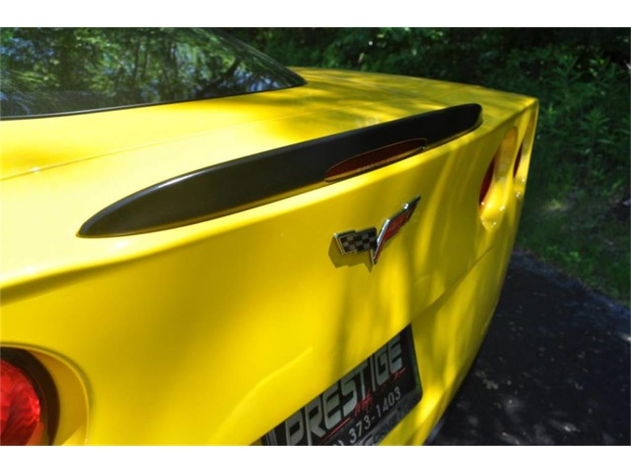 Large Picture of '10 Chevrolet Corvette located in Clifton Park New York - L74B