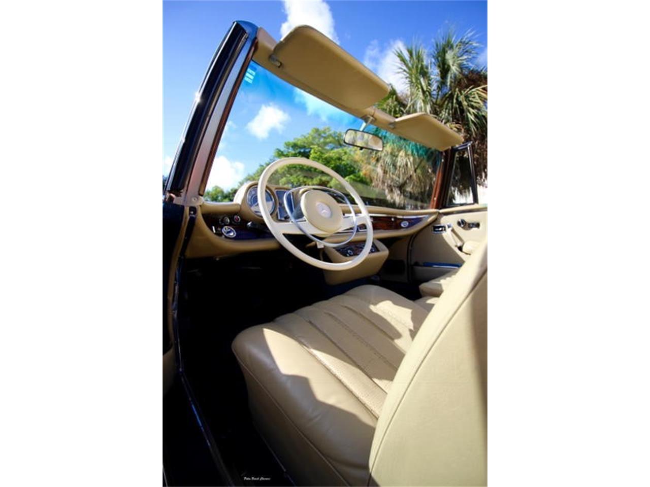 Large Picture of Classic '71 Mercedes-Benz 280SE - $375,000.00 - L75C