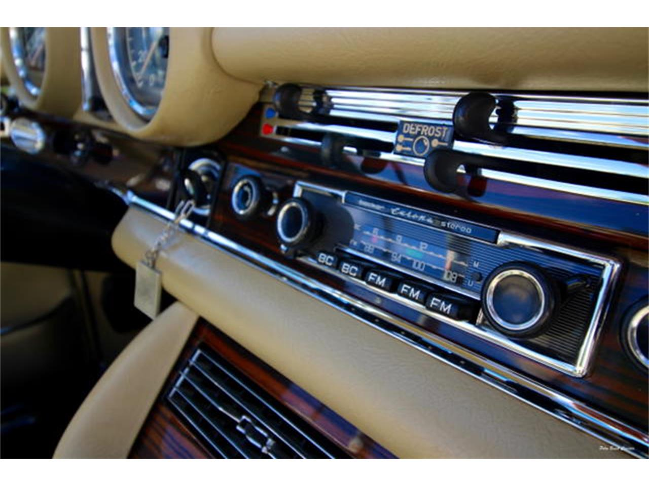Large Picture of 1971 Mercedes-Benz 280SE located in Florida - L75C