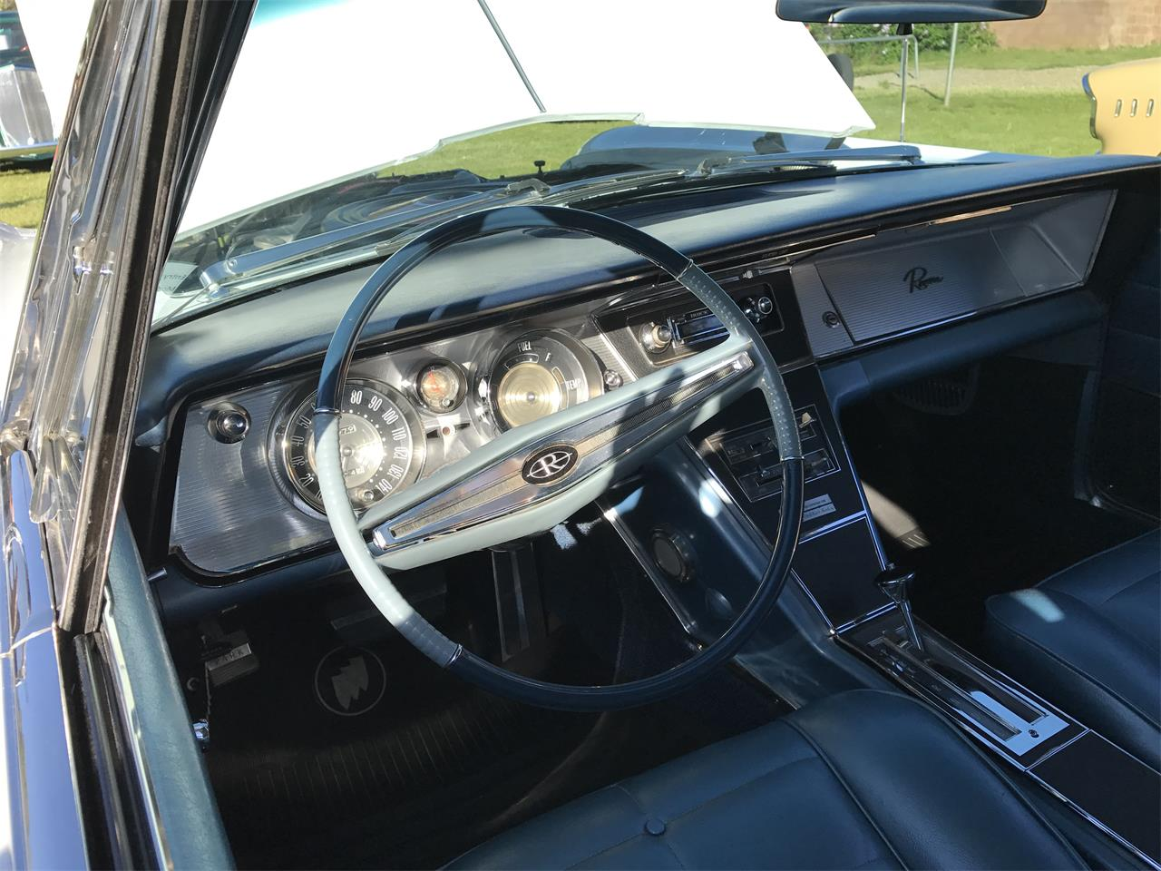Large Picture of '64 Riviera - L75U