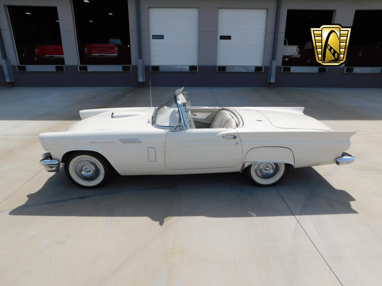 Large Picture of Classic 1957 Ford Thunderbird located in Alpharetta Georgia - $51,000.00 - L77Y