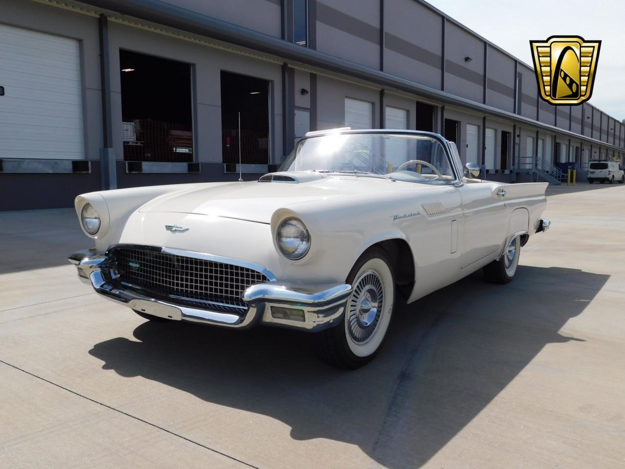 Large Picture of Classic '57 Ford Thunderbird located in Georgia - L77Y