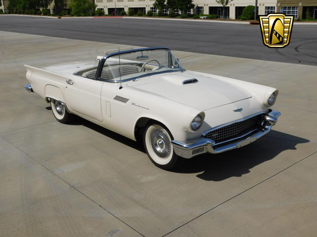 Large Picture of 1957 Ford Thunderbird located in Alpharetta Georgia - $51,000.00 - L77Y