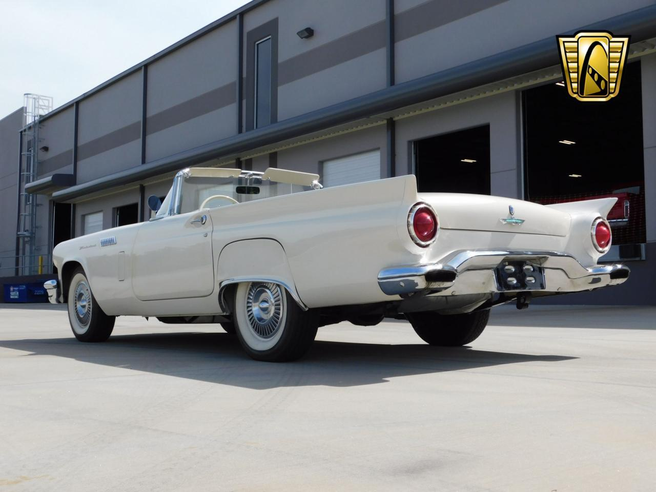Large Picture of Classic 1957 Ford Thunderbird Offered by Gateway Classic Cars - Atlanta - L77Y