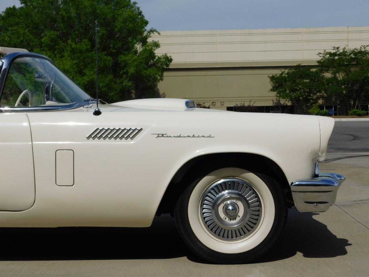 Large Picture of 1957 Ford Thunderbird - $51,000.00 Offered by Gateway Classic Cars - Atlanta - L77Y
