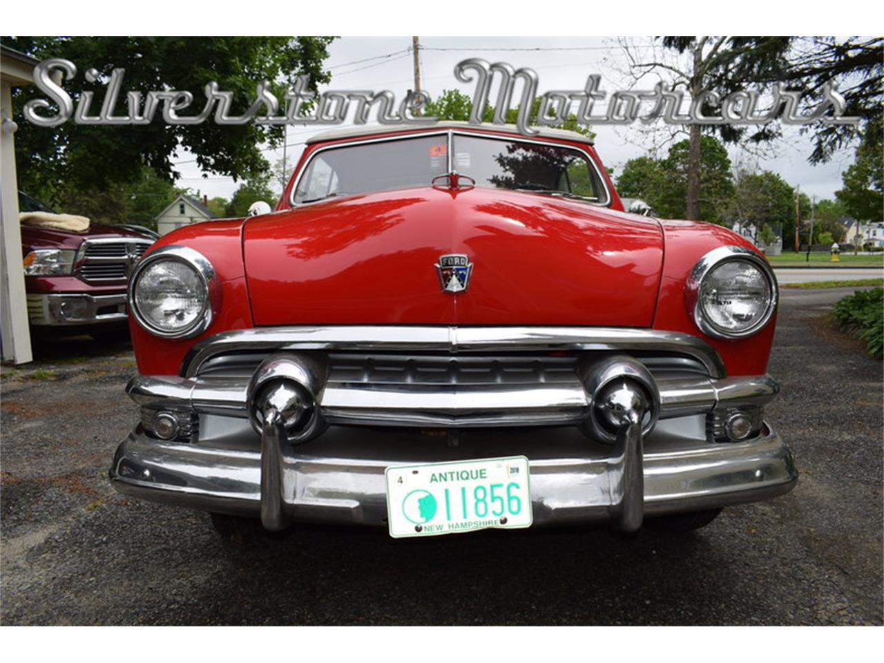 Large Picture of '51 Custom Deluxe - $39,000.00 - L79S
