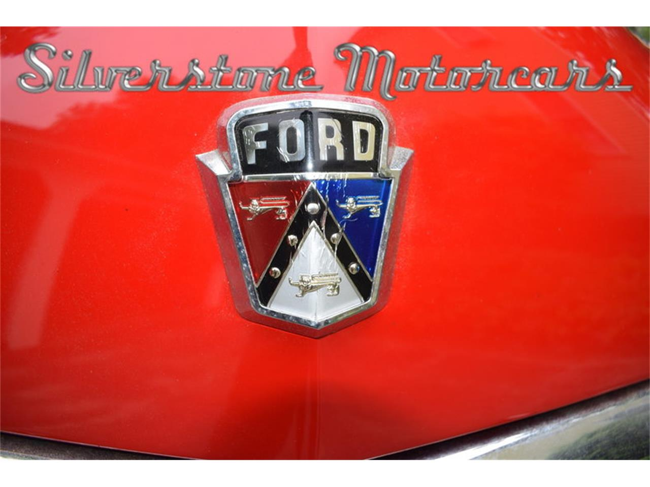Large Picture of Classic '51 Custom Deluxe - $39,000.00 Offered by Silverstone Motorcars - L79S