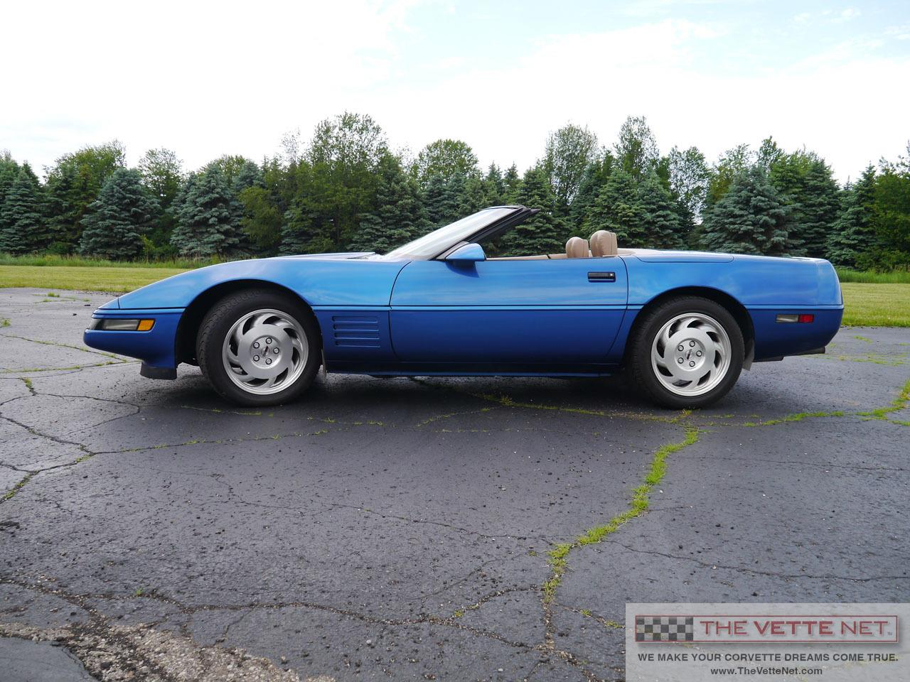 Large Picture of '93 Chevrolet Corvette - L7AW