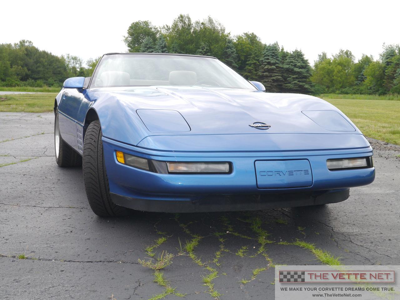 Large Picture of '93 Chevrolet Corvette located in Florida - $14,990.00 Offered by The Vette Net - L7AW