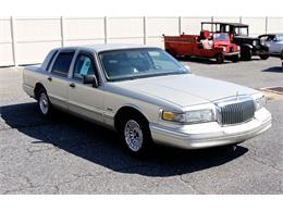 Picture of '97 Lincoln Town Car - $6,995.00 Offered by Classic Auto Mall - L7BJ