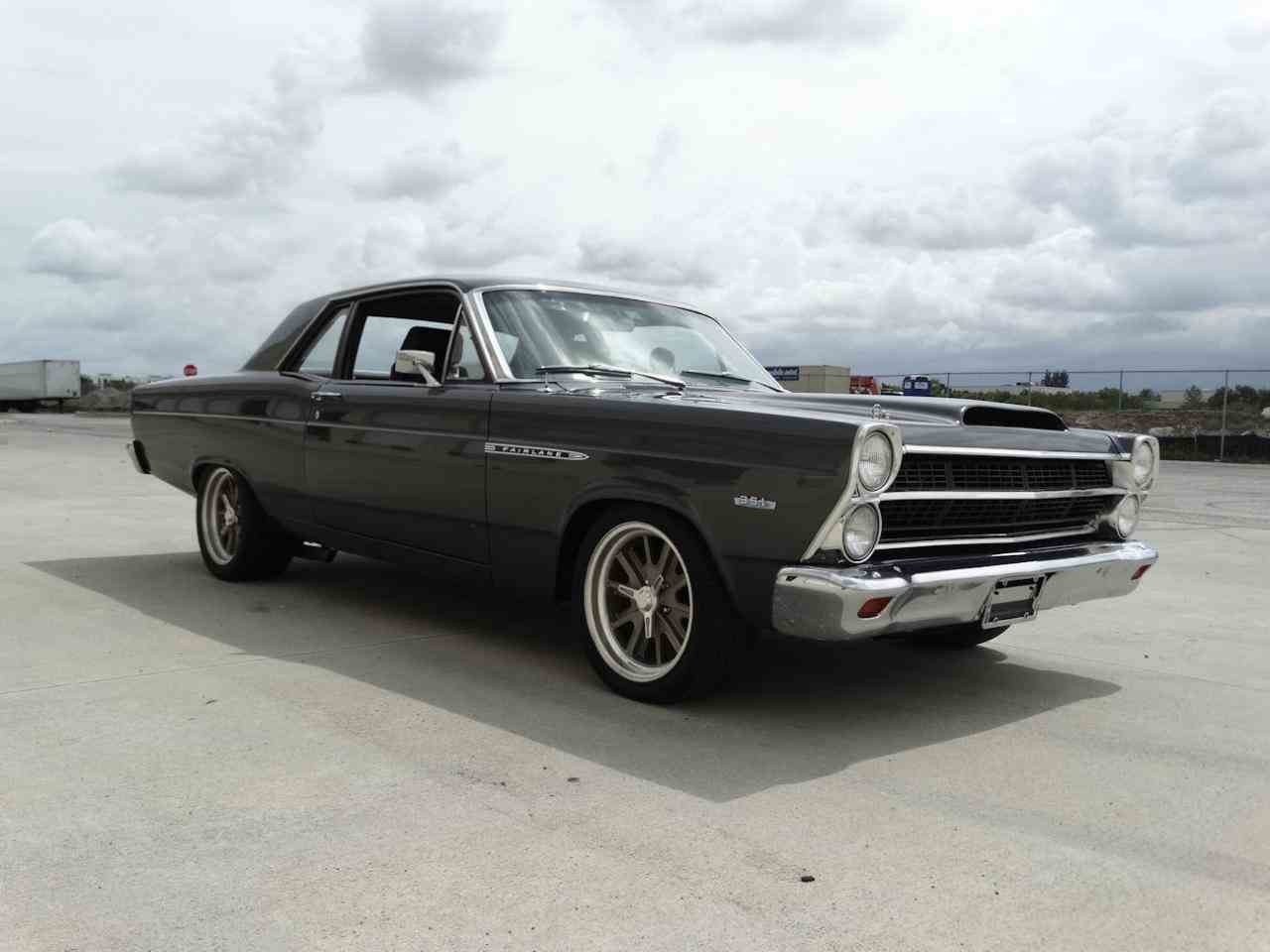 Large Picture of 1967 Fairlane - L7H3