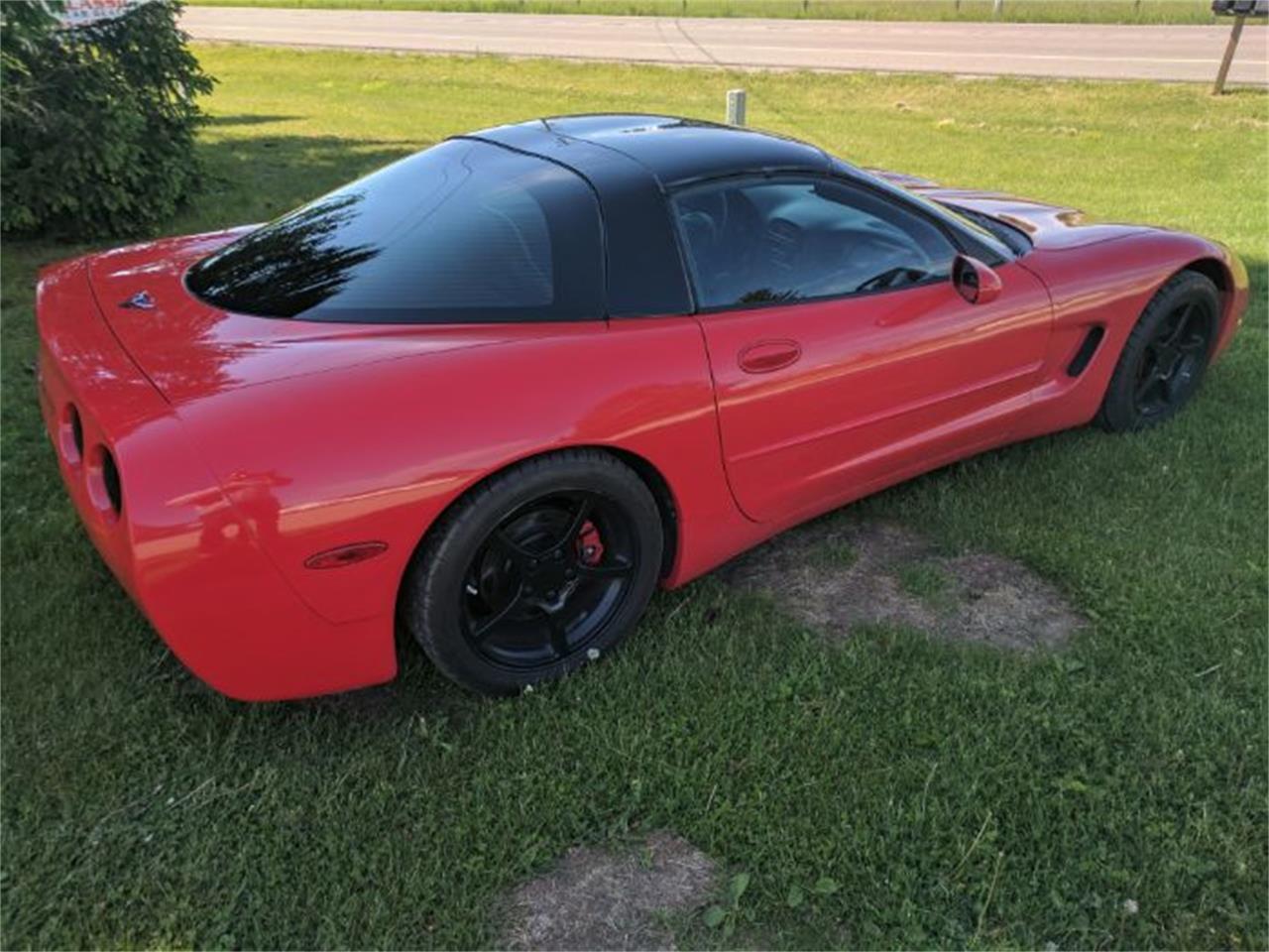 Large Picture of 2000 Corvette located in Cadillac Michigan - $13,900.00 - L7I1