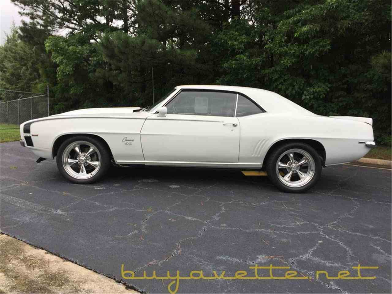 Large Picture of '69 Camaro - L7IA