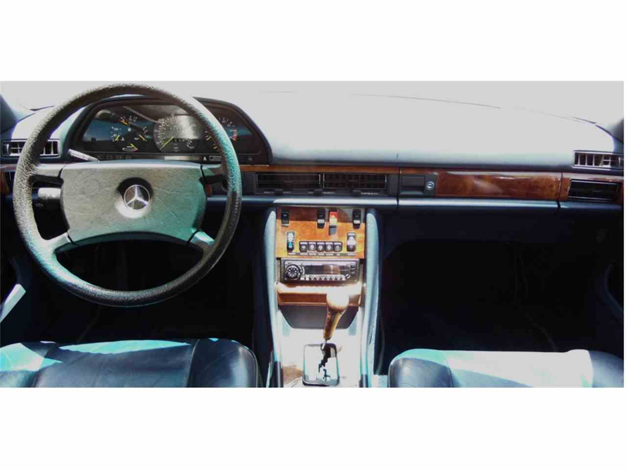 Large Picture of '85 Mercedes-Benz 500SEC - L7MB