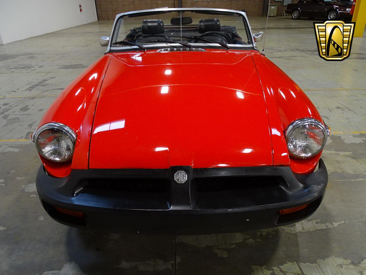 Large Picture of '75 MG MGB located in New Jersey - $11,595.00 - L7N7