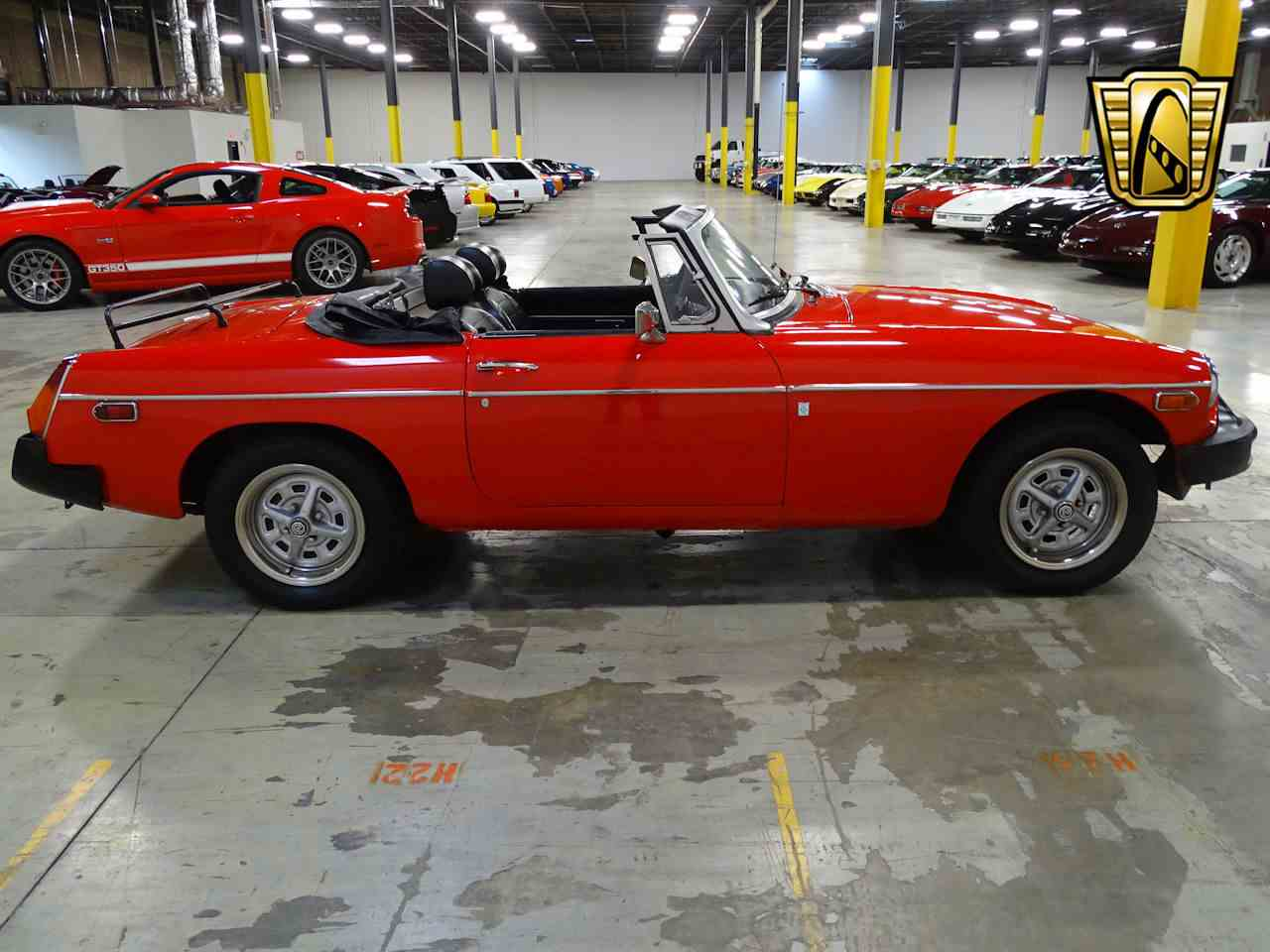 Large Picture of '75 MGB - L7N7