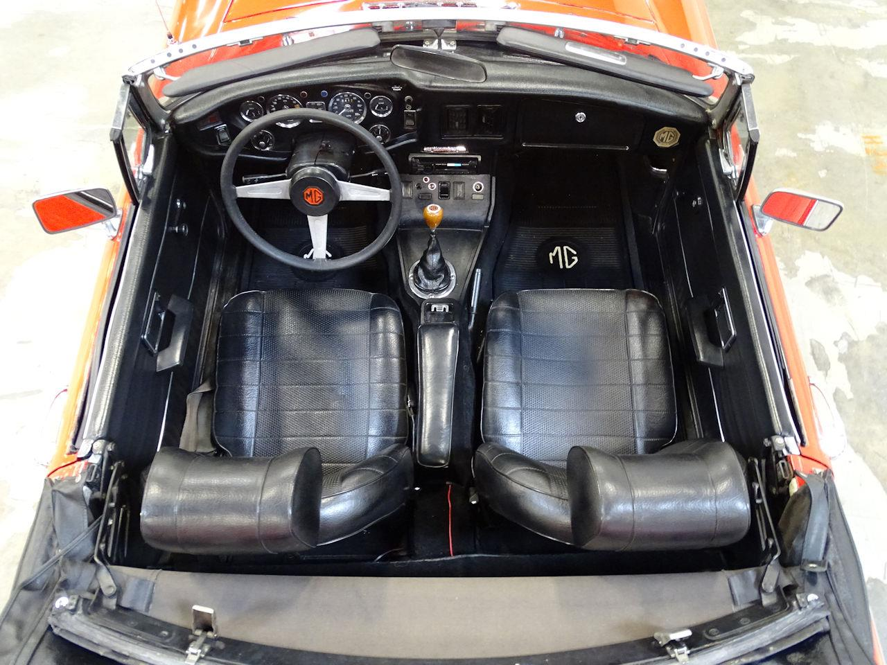 Large Picture of '75 MG MGB - $11,595.00 - L7N7