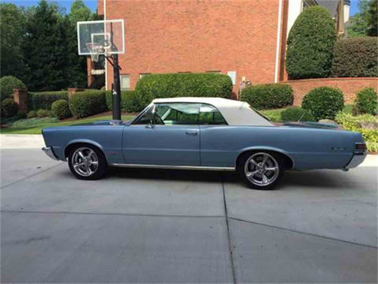 Large Picture of '65 GTO - L7R8