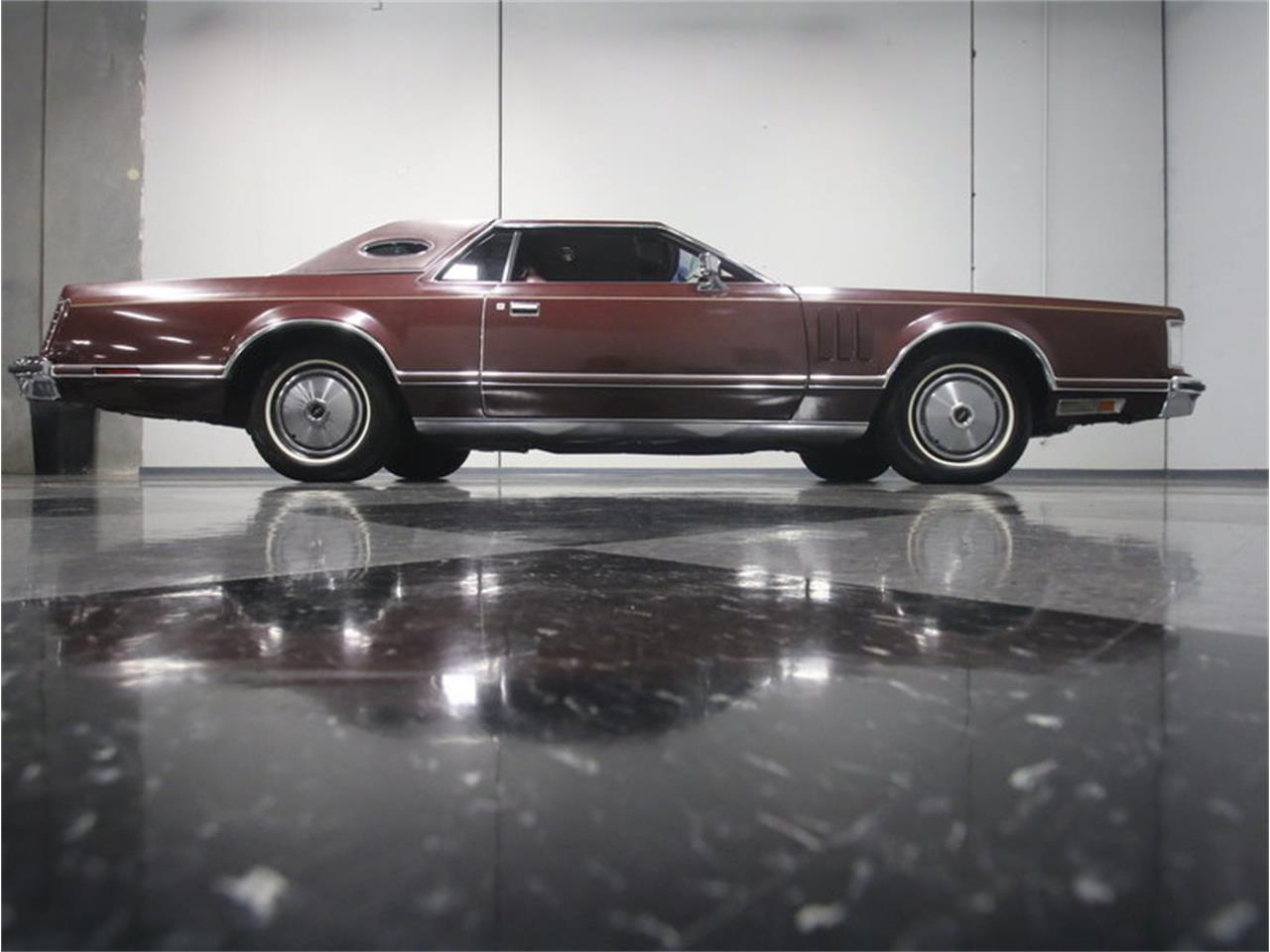 Large Picture of 1977 Lincoln Continental Mark V located in Georgia Offered by Streetside Classics - Atlanta - L8OM
