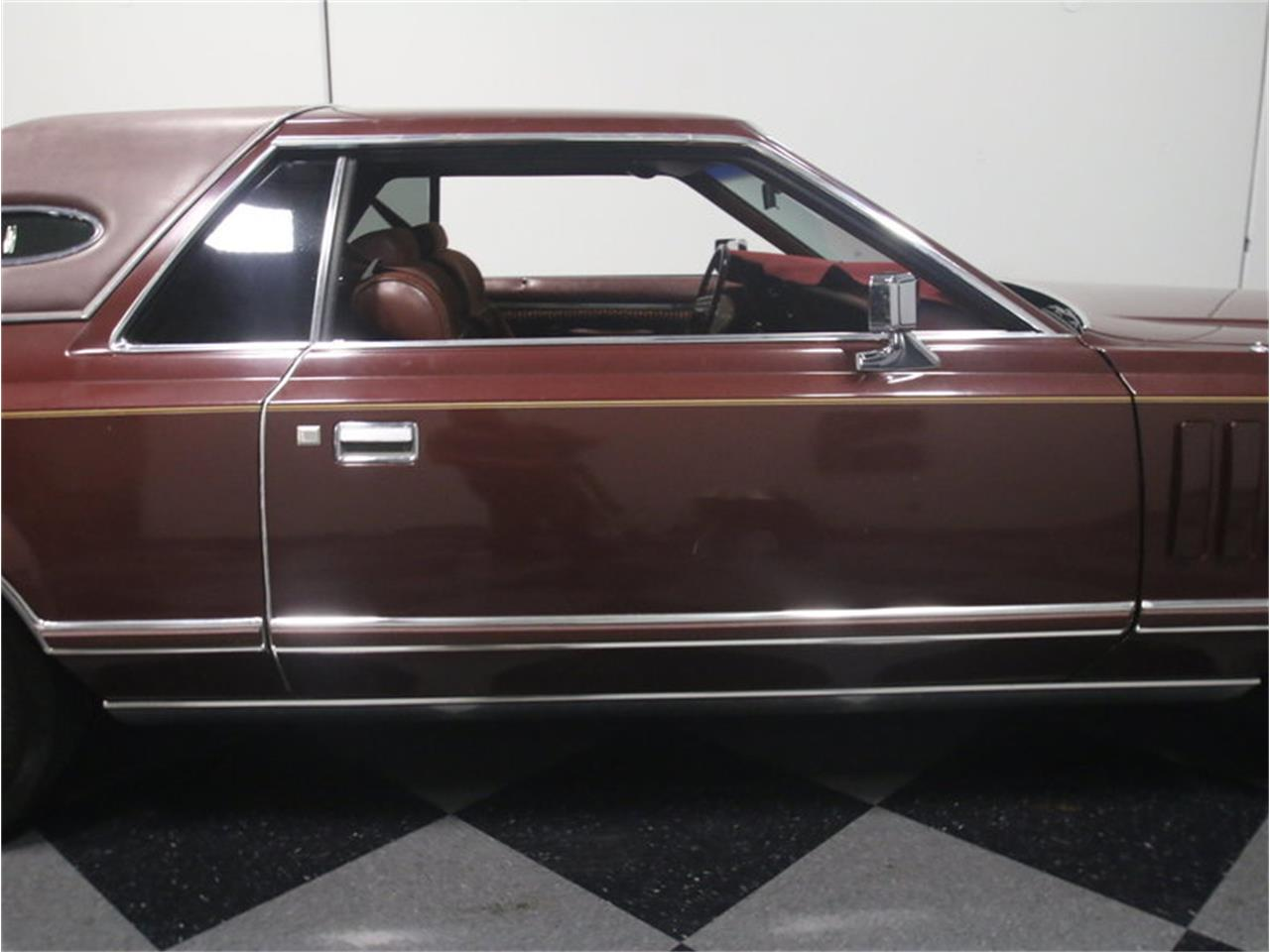 Large Picture of 1977 Continental Mark V located in Lithia Springs Georgia - L8OM