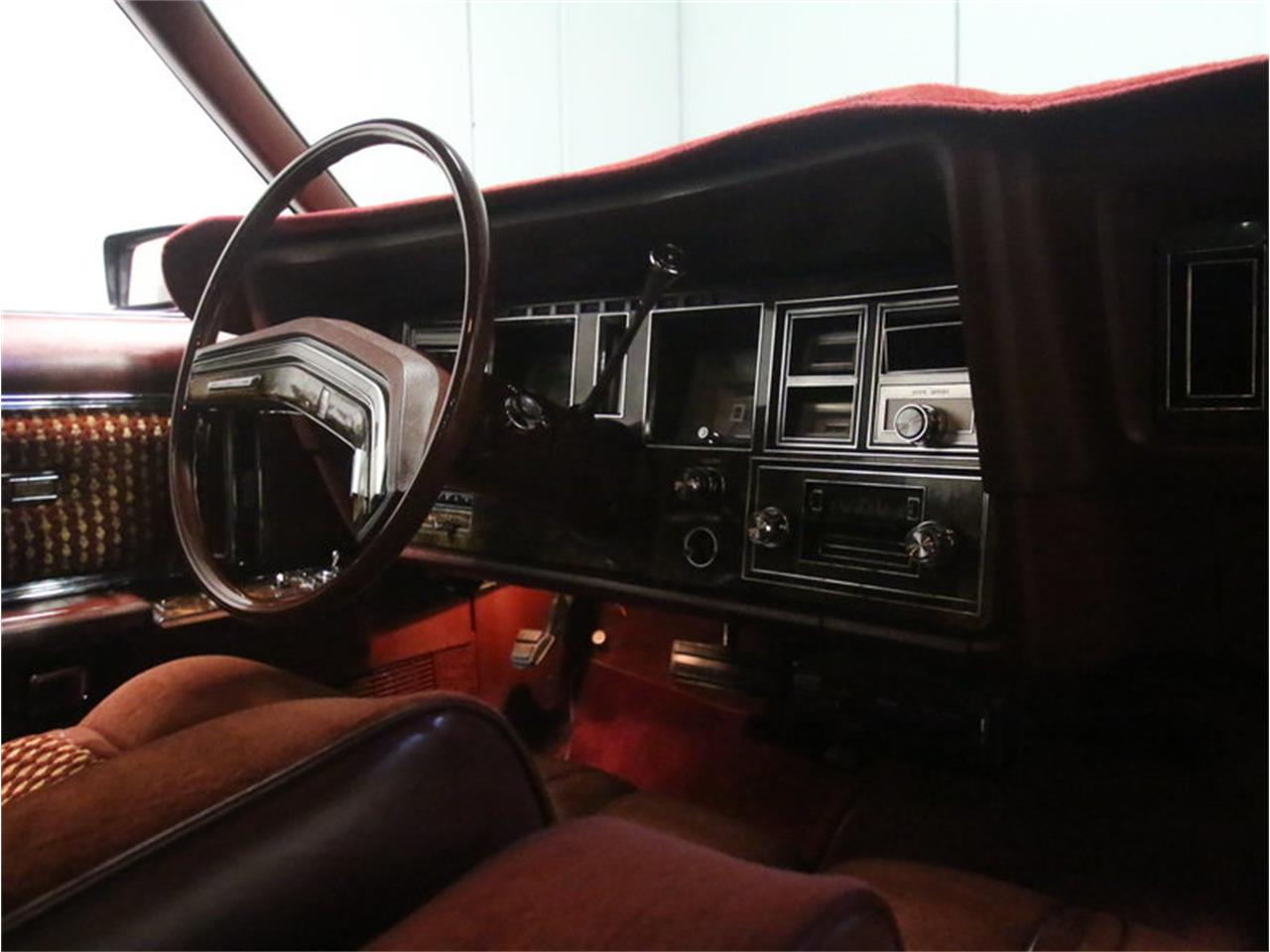 Large Picture of 1977 Continental Mark V Offered by Streetside Classics - Atlanta - L8OM