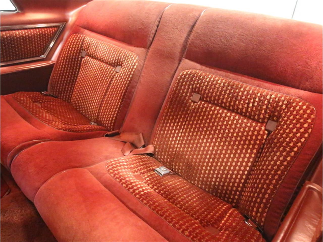 Large Picture of 1977 Lincoln Continental Mark V Offered by Streetside Classics - Atlanta - L8OM