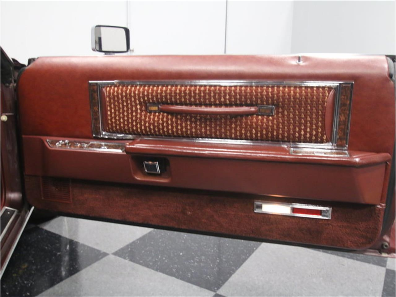 Large Picture of '77 Lincoln Continental Mark V located in Lithia Springs Georgia - $10,995.00 - L8OM