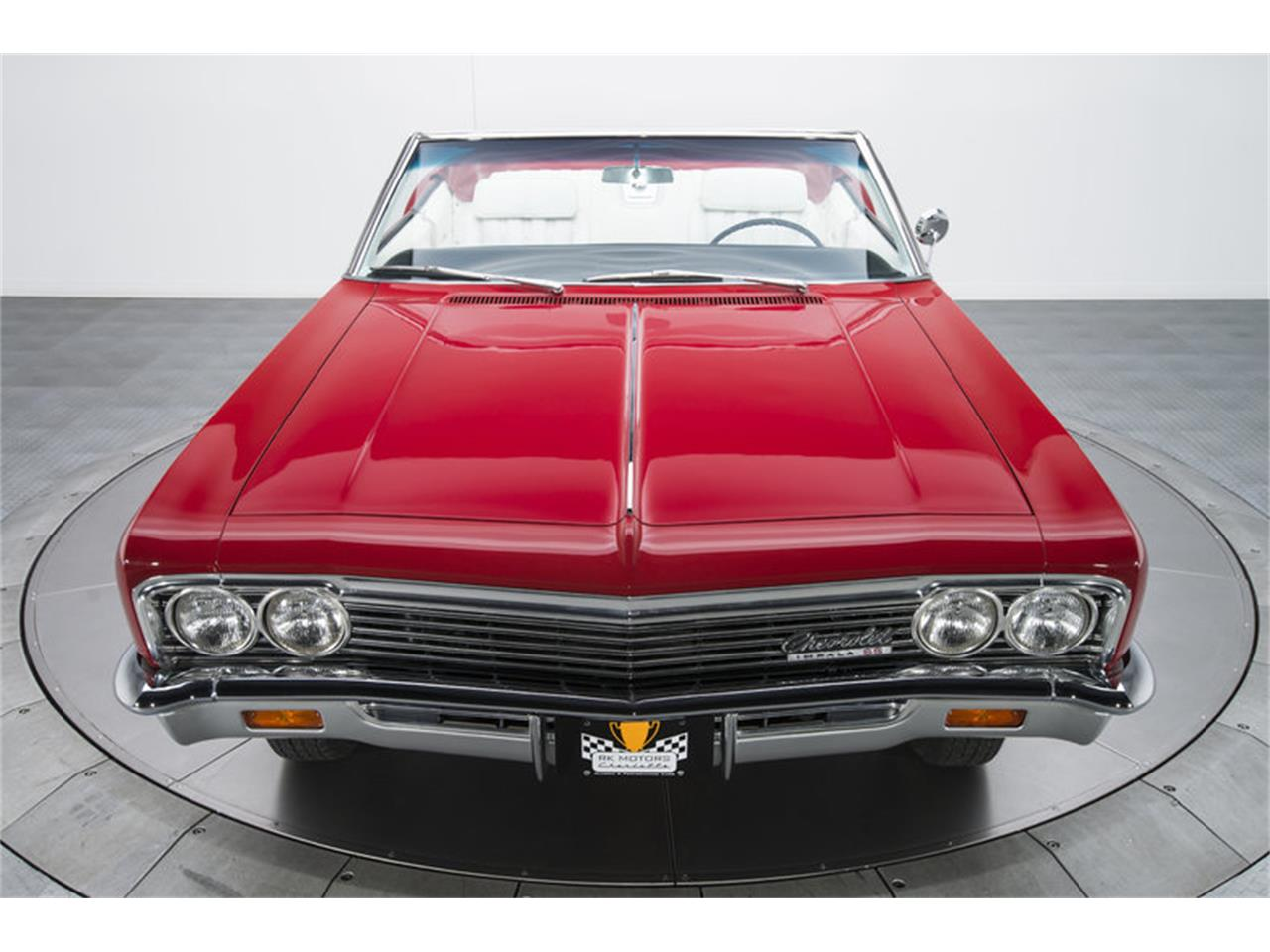 Large Picture of '66 Impala SS located in Charlotte North Carolina - L8OP